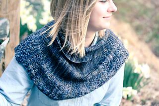 Iznik_cover6_the_knitting_vortex_small2