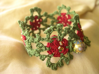 Xmas-bracelet-1_small2