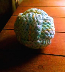 Yarn_ball_3_small