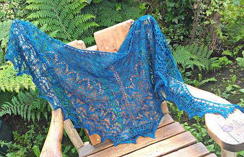 Chandelier_shawl_2_medium