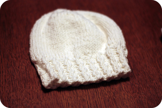 Tiny_twist_hat_small2