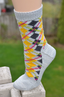 May_argyle_sock_006_small2