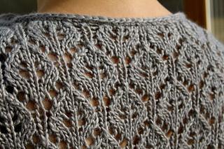 Elara_neck___lace_detail_small2