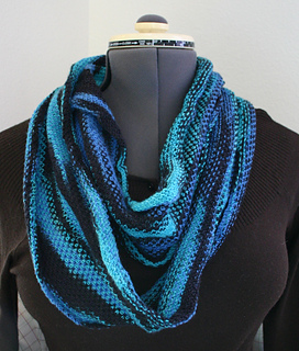 Wovenstcowl2_small2