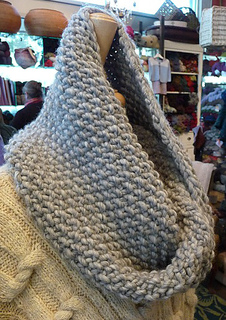Sally_s_cowl_2_small2