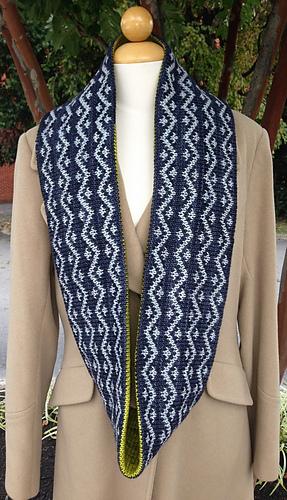 Drew_cowl_and_pink_fizz_pattern_photos_2013_006_medium