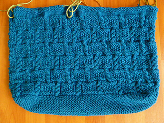 Big_blue_bag_in_progress_28_apr_2013_004_small2