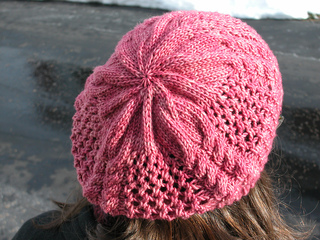 Step_lively_beret5_small2