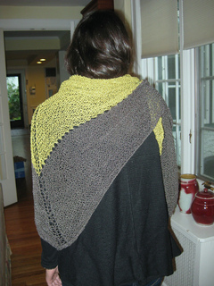 Perfect_shawl_1_back_small2