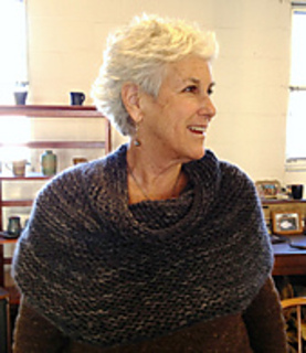 Michelle_cozy_cowl_for_pattern_pic_small2