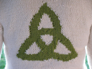 Triquetra_detail_small2