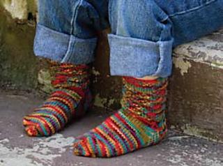 Walking_spiral_socks_small2