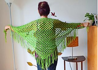 Maman_shawl_back_small2
