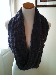 Serendipitous_cowl_005_small2