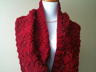 I_give_you_my_heart_cowl_in_red_009_small2