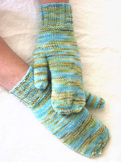 Simple_mittens_top_small2