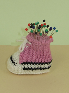 Converse_pin_cushion2_small2