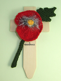 Free_poppy_by_madmonkeyknits4_small2
