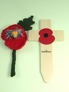 Free_poppy_by_madmonkeyknits5_small2