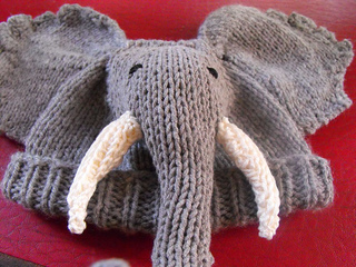 Bbe_elephant_beanie_10_small2