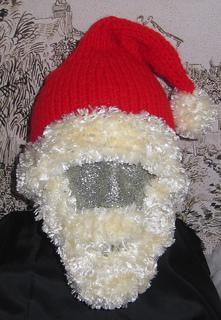 Bearded_santa_hat4_small2