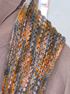 Autumn_sky_cowl_4_small2
