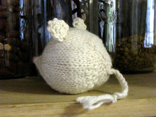 Knitted_mouse_1_small2
