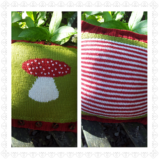 Toadstool_cushion_small2