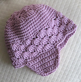 Baby_hat_with_flaps_small2