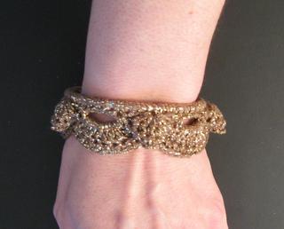 Bangle_bracelet_1_small2
