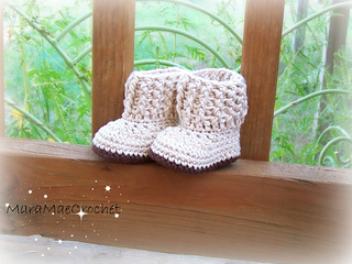 Baby_shoes_001_small2