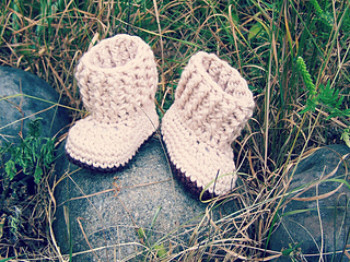Baby_shoes_003_small2