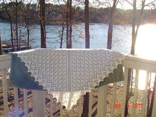 Playful_plummage_shawl_003_small2