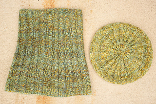 Merino_dk_and_db_angel_peavine_hat_and_cowl_kristen__7__small2