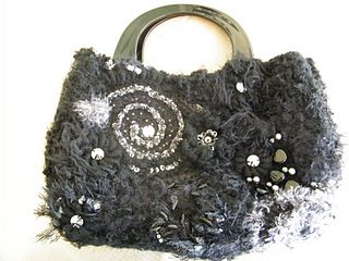 2nd_freeform_crochet_bag_-_black_-_02_small2