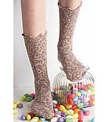 Crochet_chevron_socks_small
