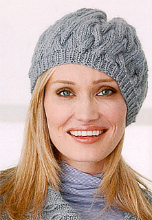 P3_patons_500873_cabled_hat_small2