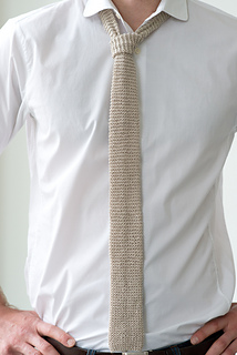 Tie-0631137_small2