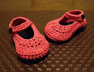 Pink_black_booties1_small2