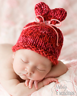 Heart_hat_baby_2_small2