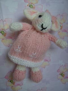 Bethany_s_baby_bunny_small2