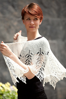 Grace-shawl-web_small2