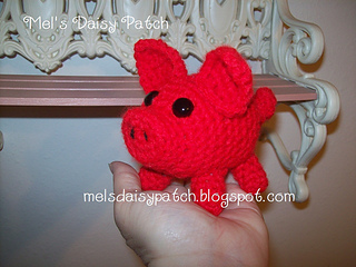 Piggy_in_hand_small2