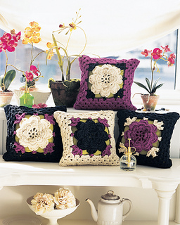 Ctdj07pillow2_small2