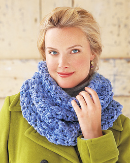 Ctjf09cowlscarf_2001_small2