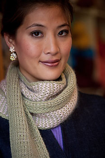 Almost-double-knit-scarf-3_small2