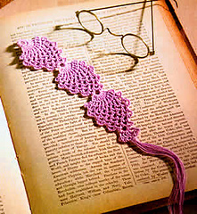 Pineapple_bookmark-sm_small