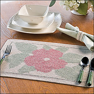 Hibiscus_place_mat_300_small2