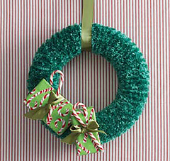 Knitwreath_small