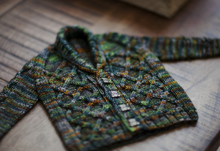 Gramps_cardigan_finished_2_small2
